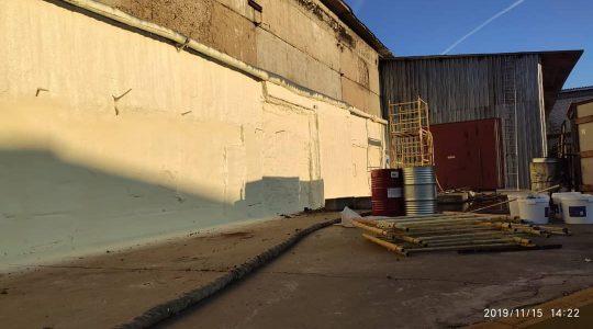 Напыление ППУ бетонный ангар